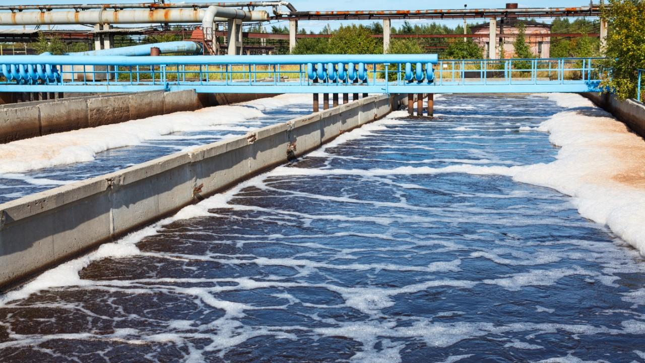 Indústria defende regulamentação de serviços de reúso de água de esgoto