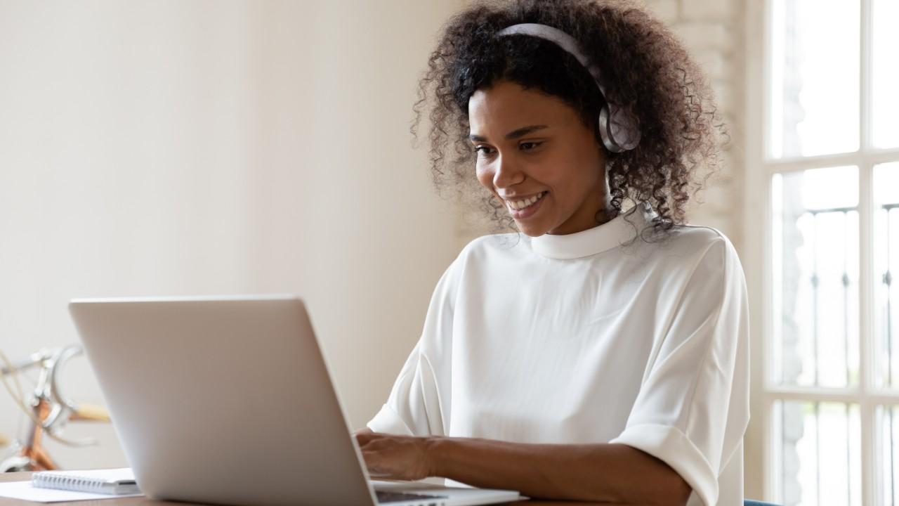 IEL disponibiliza conteúdo para impulsionar carreira dos estagiários