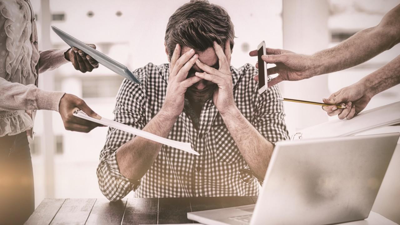 SESI traduz livro da OMS que trata de estresse no ambiente de trabalho
