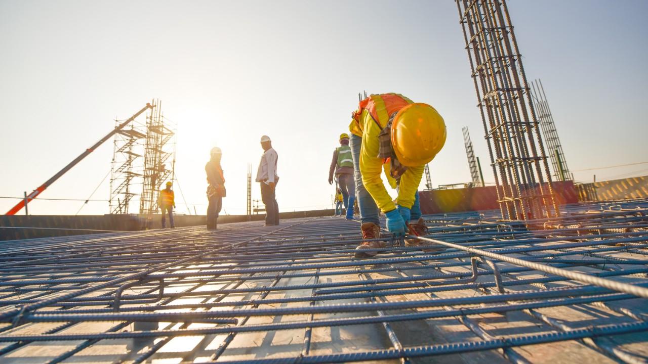 Privatizações e concessões da infraestrutura são cruciais para recuperação da indústria da construção, afirma CNI