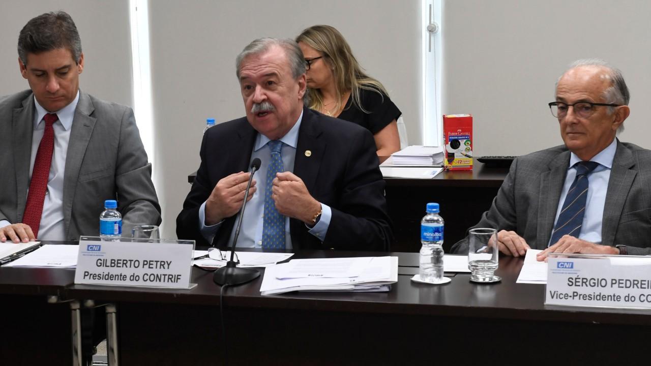 Conselho de Tributação da CNI defende reforma tributária ampla