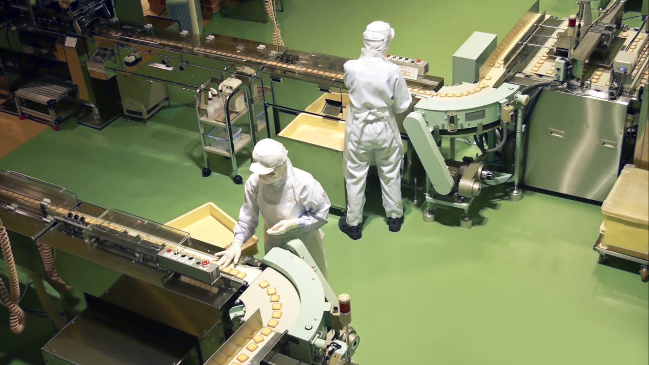 Atividade industrial cresce em outubro, mas menos que em setembro