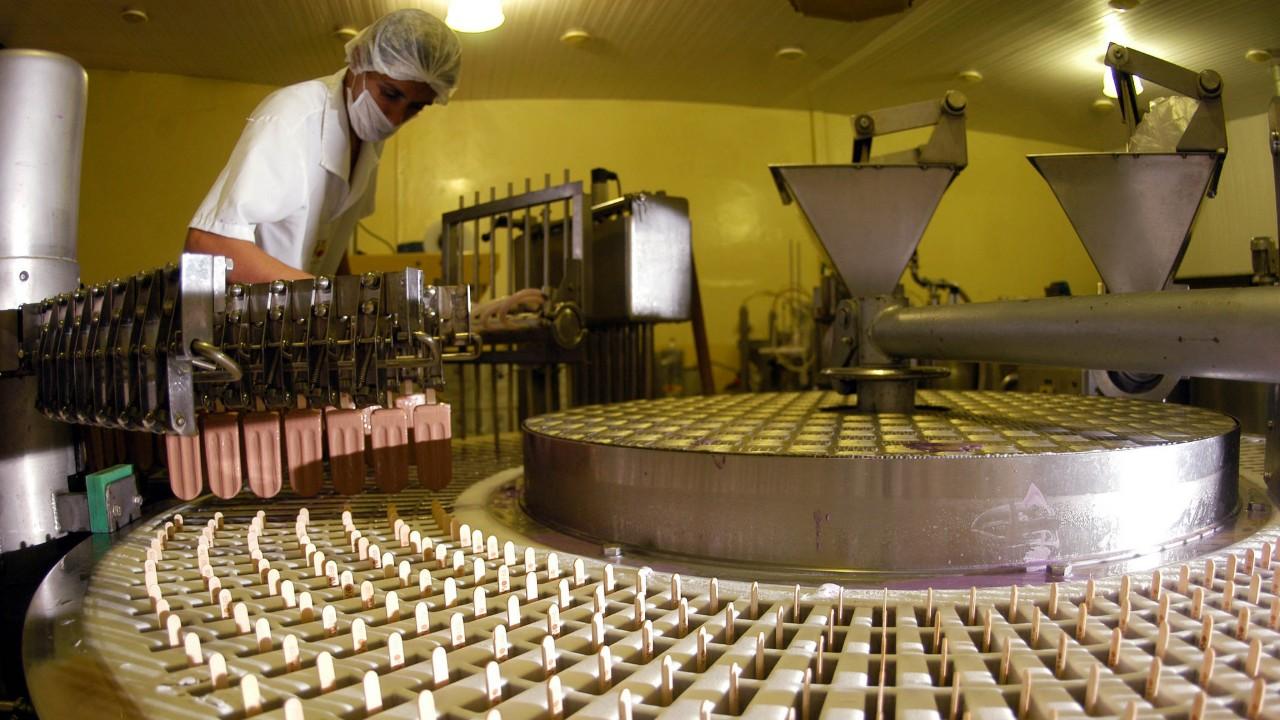 Pequenas indústrias melhoram desempenho e situação financeira