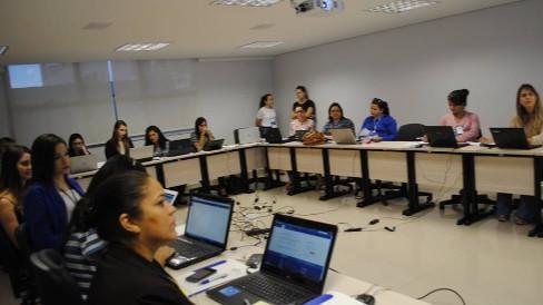FIEG realiza treinamento do site do sindicato e boletim eletrônico