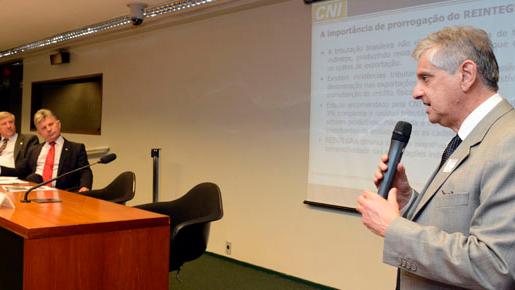 Confederação Nacional da Indústria defende prorrogação do Reintegra a partir de 2014