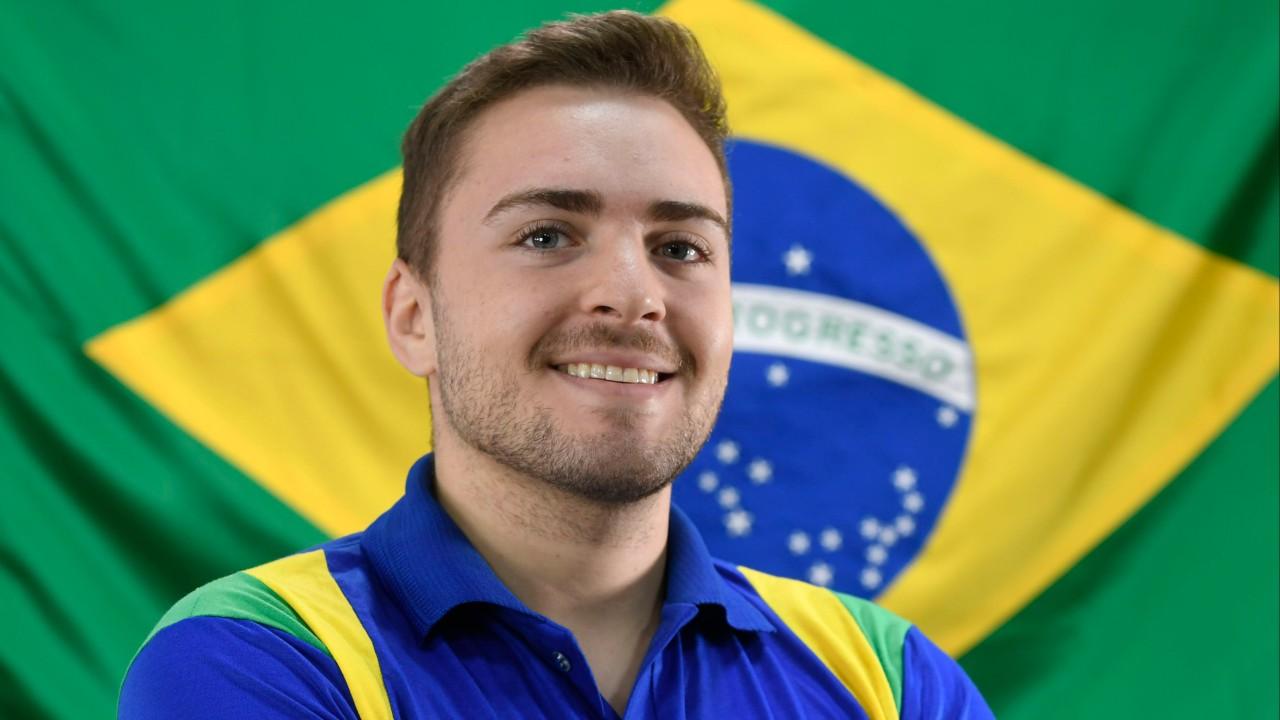 Representante do Brasil em Pintura Automotiva na WorldSkills, Marcelo compete até em sonho