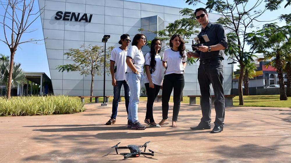 5 motivos para fazer o curso de piloto de drone do SENAI de Campo Grande