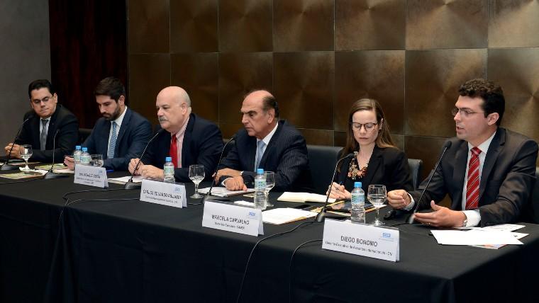 CNI defende abertura comercial, redução de barreiras às exportações e investimentos brasileiros no exterior