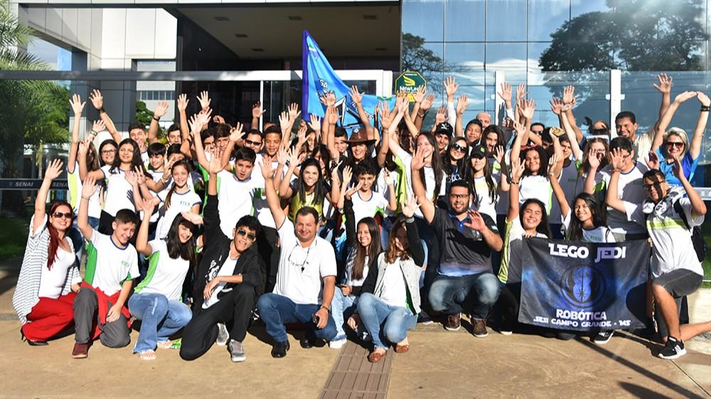 Alunos do SESI de MS embarcam para etapa regional de Torneio de Robótica