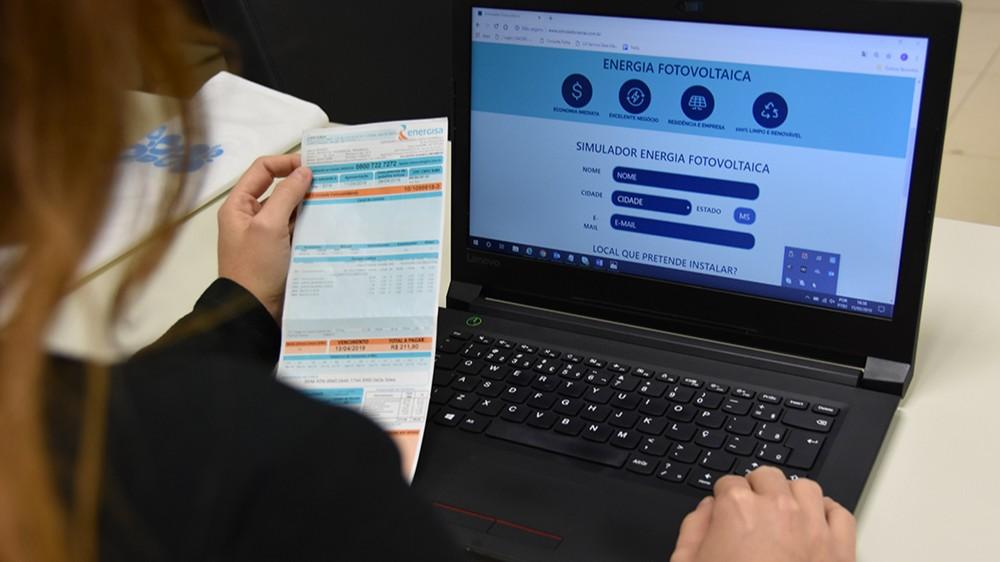 SENAI disponibiliza simulador de energia fotovoltaica que informa custos do investimento