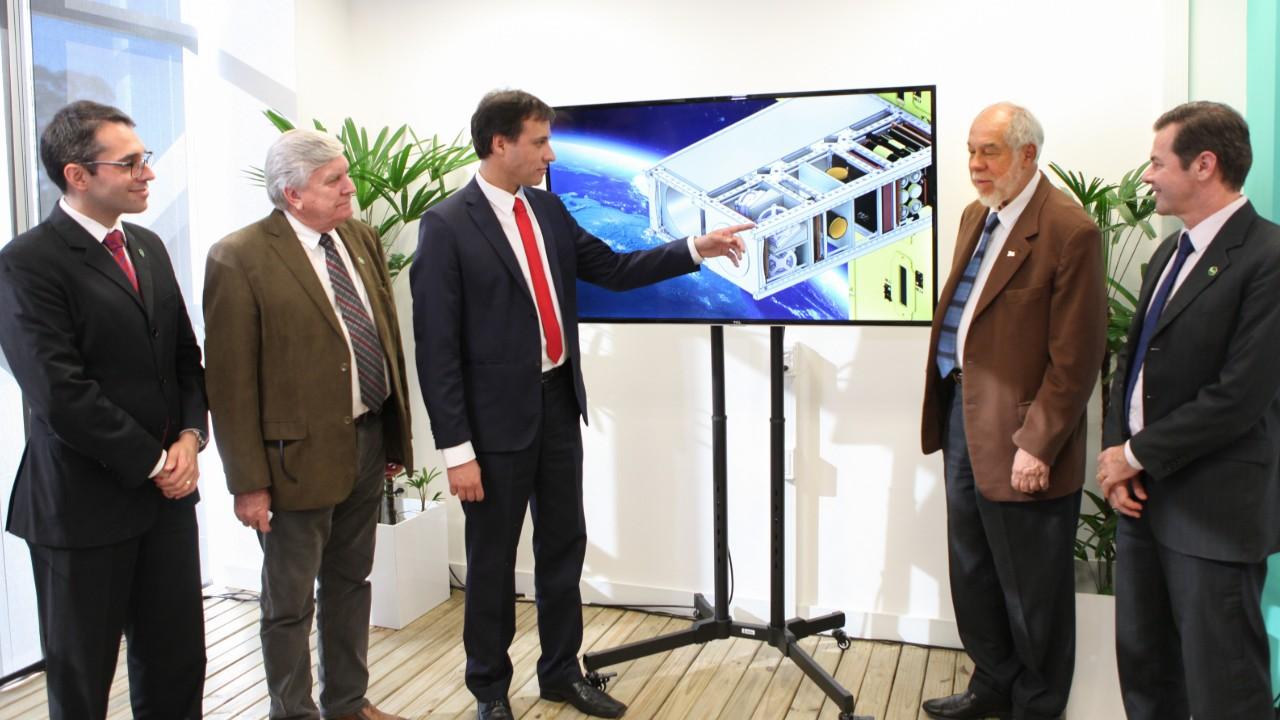 SENAI vai desenvolver primeiro satélite da indústria nacional