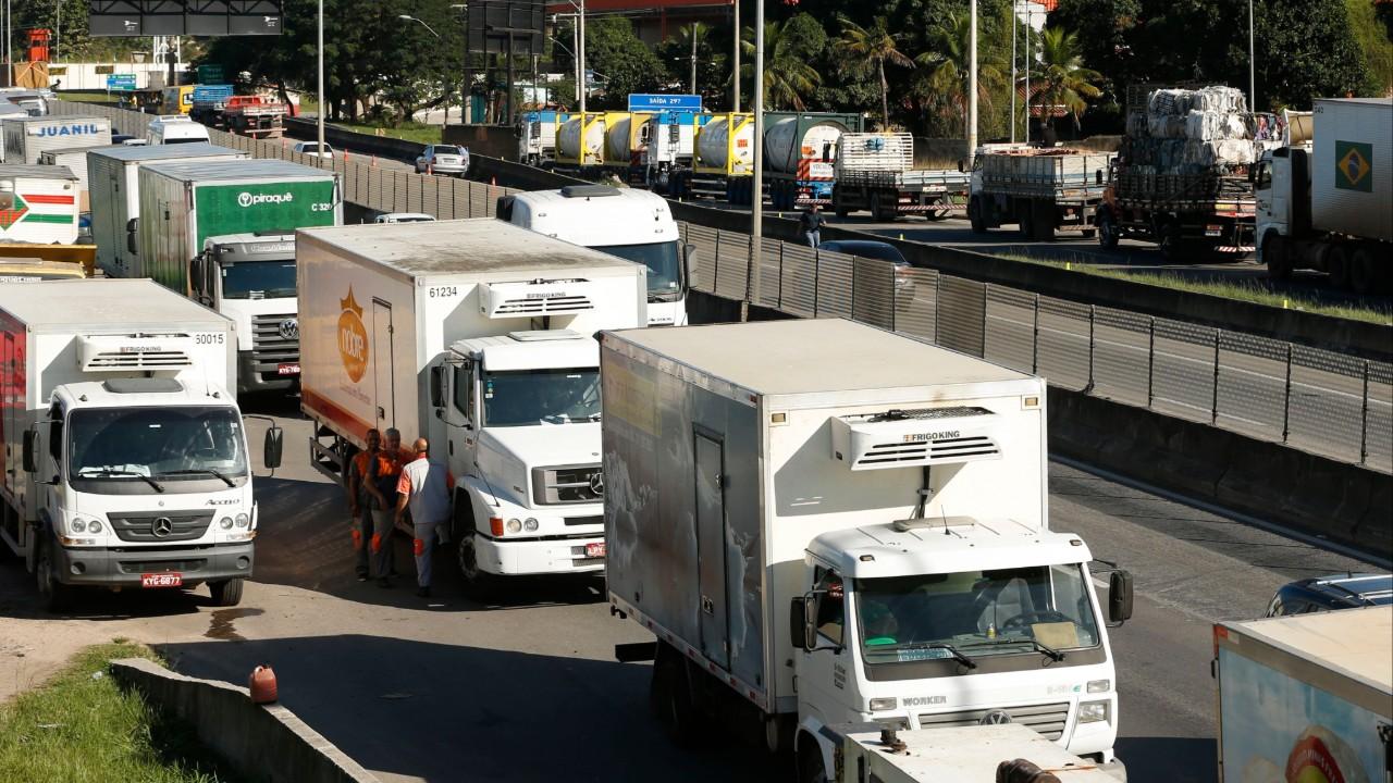 Tabelamento dos preços de frete é um retrocesso para o Brasil, afirma CNI