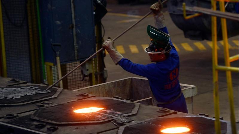Confiança da indústria está maior e mais disseminada em maio, mostra CNI