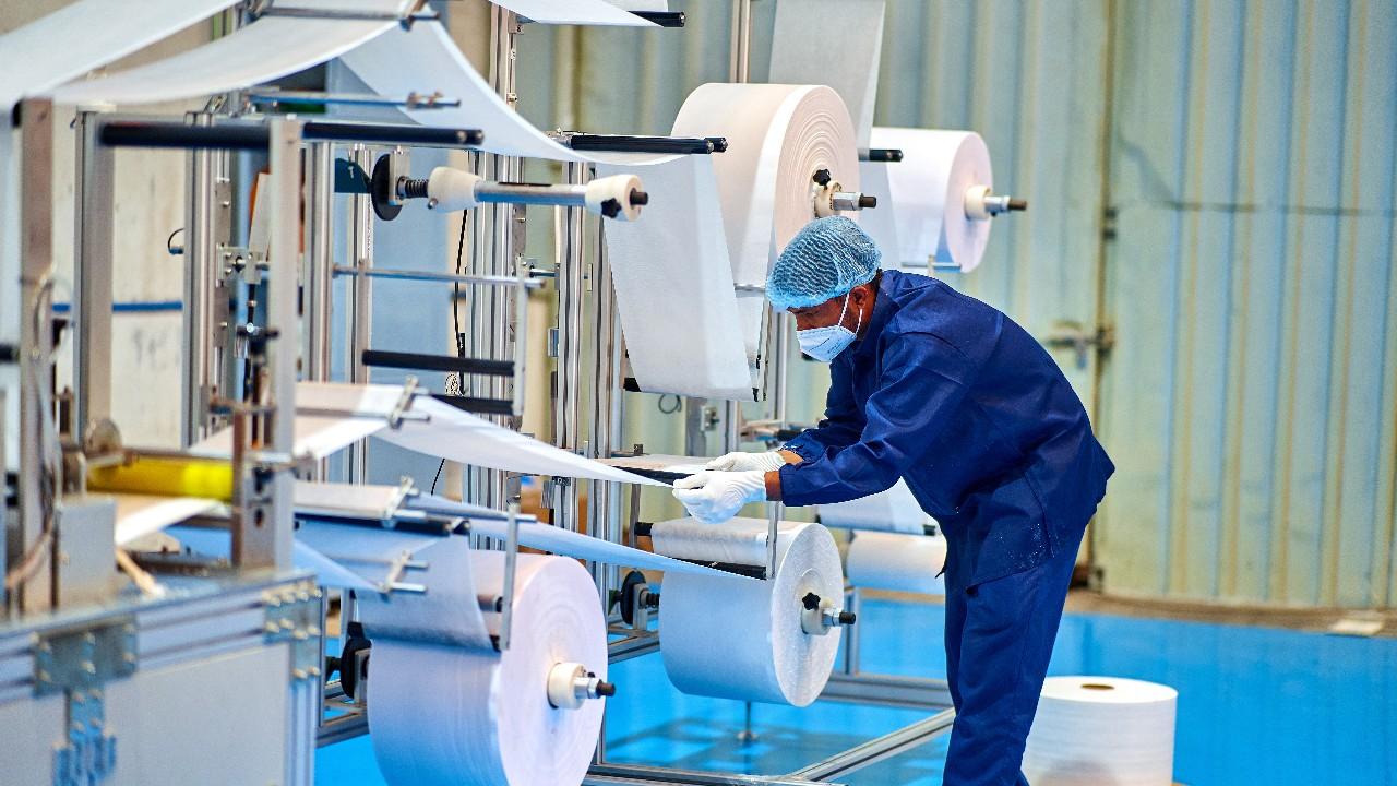 Confiança da indústria se mantém em alta nos 30 setores em agosto