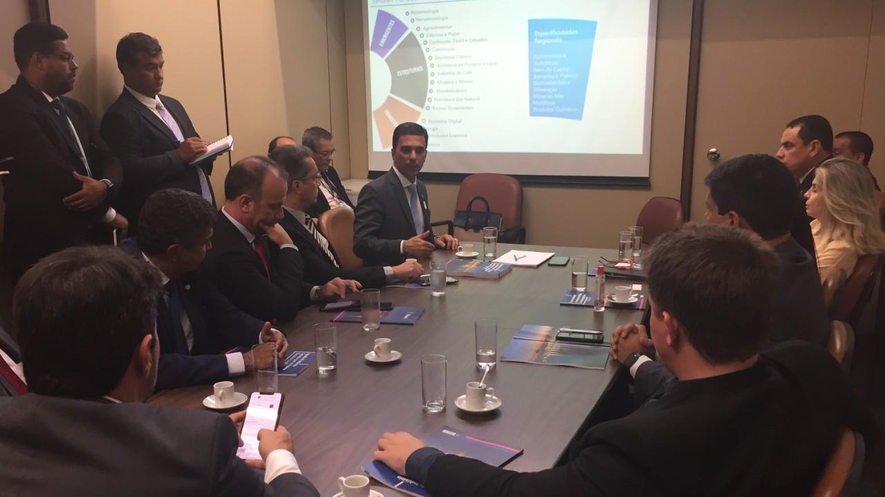 Federação das Indústrias capixaba apresenta agenda para deputados do estado
