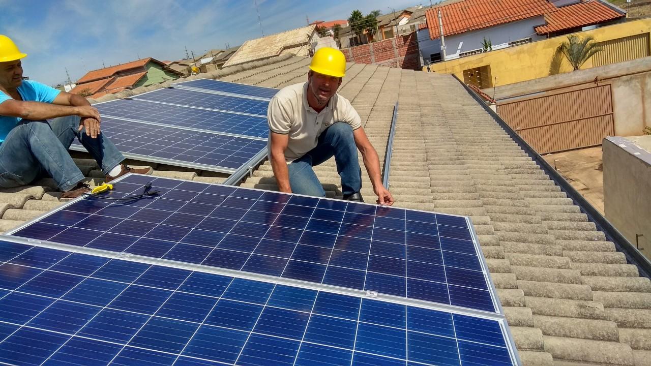 Ouro do setor elétrico: energia solar é a que mais gera oportunidades de emprego