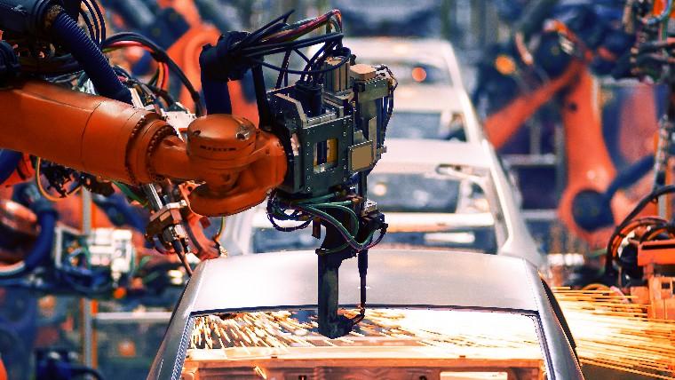 Ociosidade na indústria é a menor desde julho de 2015, revela CNI