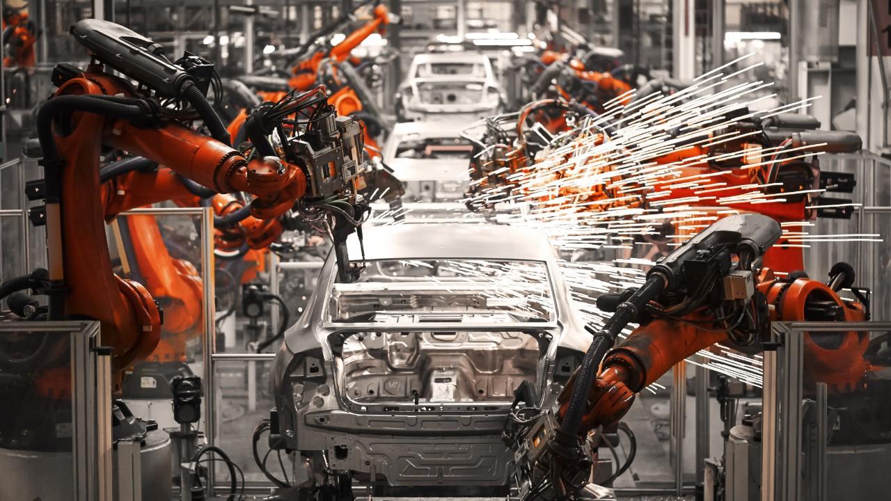 Mais da metade da indústria está com dificuldade para atender as demandas