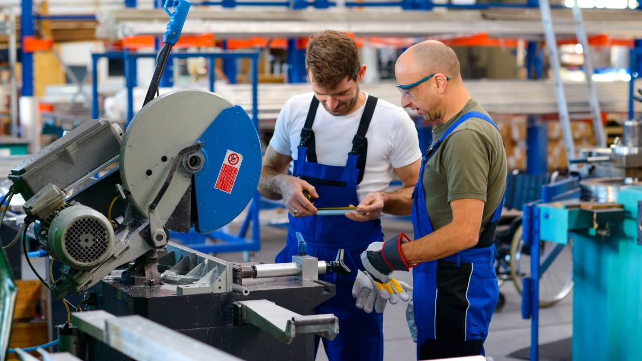 Números do CAGED mostram que a indústria tem ajudado na recuperação econômica da Paraíba