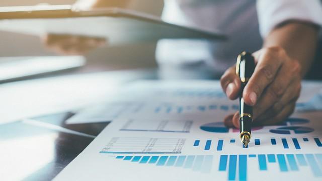CNI reduz para 2% a estimativa de crescimento do país e indústria deve ter expansão de apenas 1,1% neste ano