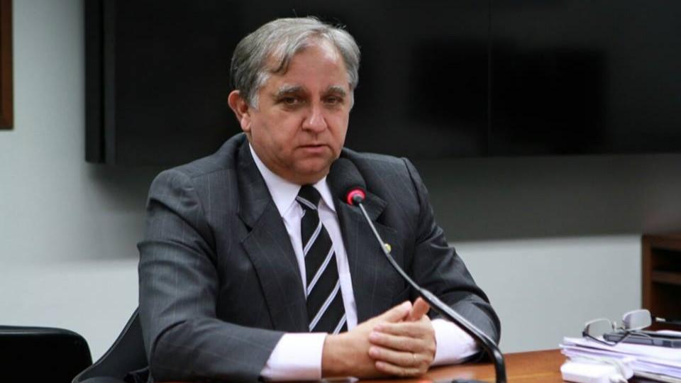Não se pode destruir o que está funcionando, diz senador sobre Sistema S