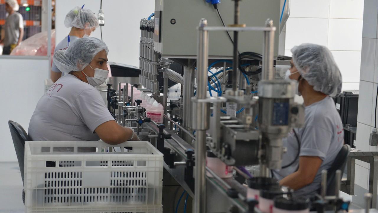 Confiança cai nos 30 setores industriais pesquisados pela CNI em março