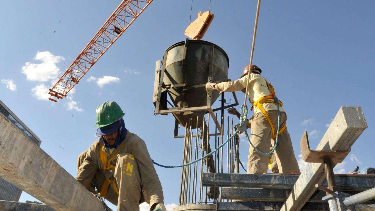 Índice de evolução do emprego em setembro é maior dos últimos  oito anos na construção