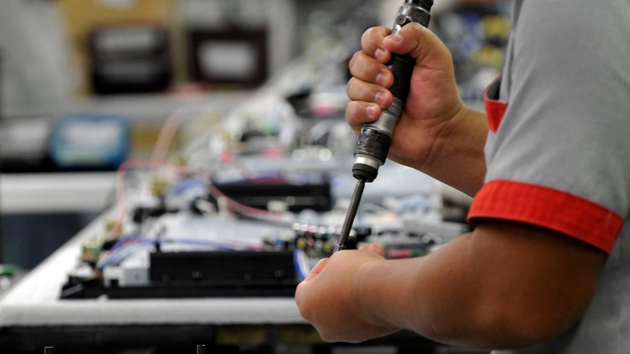 Mais de 70% das indústrias enfrentam dificuldades em obter insumos e matérias-primas