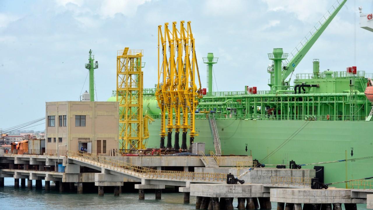 Indústria debate abertura do mercado de gás natural no Brasil