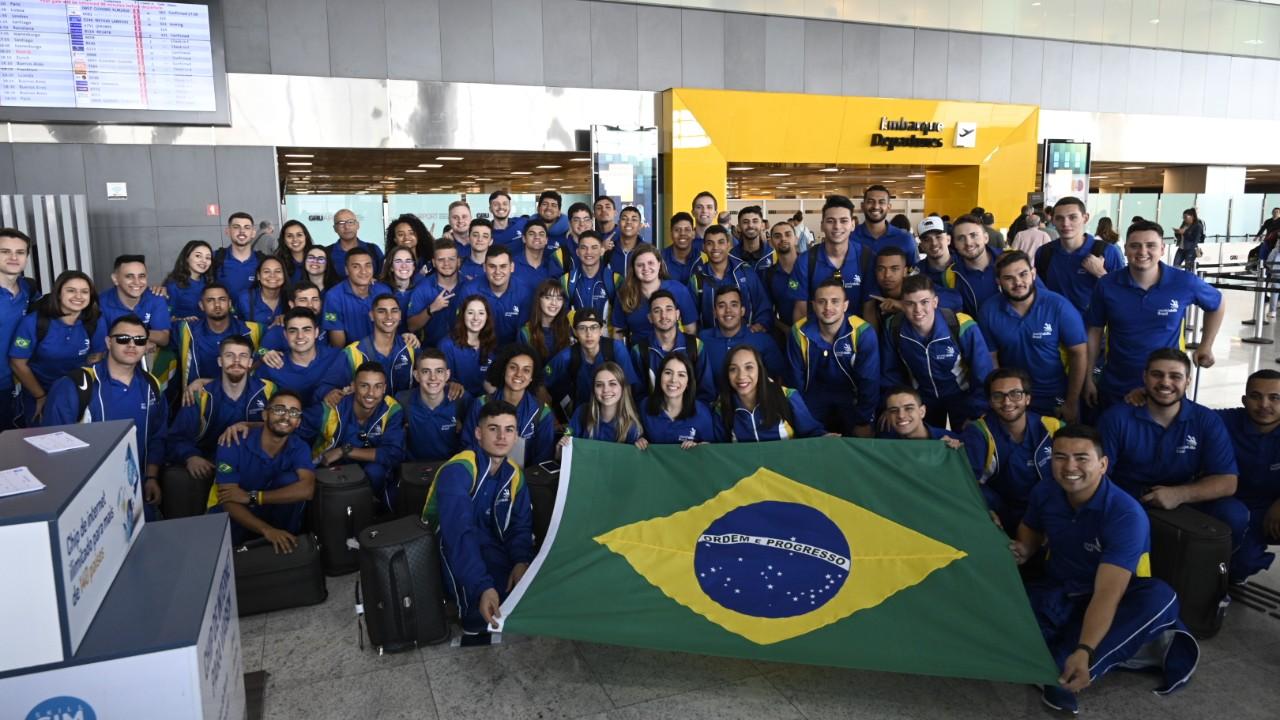 Delegação brasileira embarca para disputar o mundial de profissões técnicas na Rússia