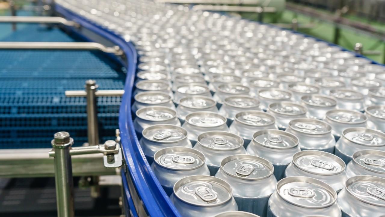 Produtividade na indústria brasileira cresce 4,2% no terceiro trimestre, informa CNI