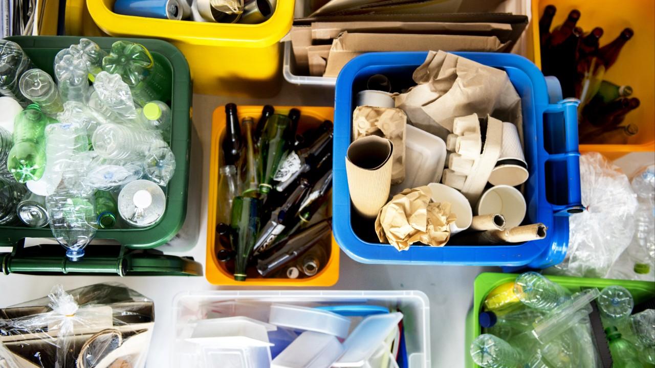 6 projetos de robótica criados com materiais recicláveis