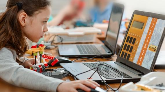 SESI oferece atividades educativas de graça pela internet