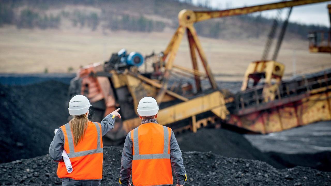 Deputados e integrantes do governo debatem oportunidades para avanço da mineração