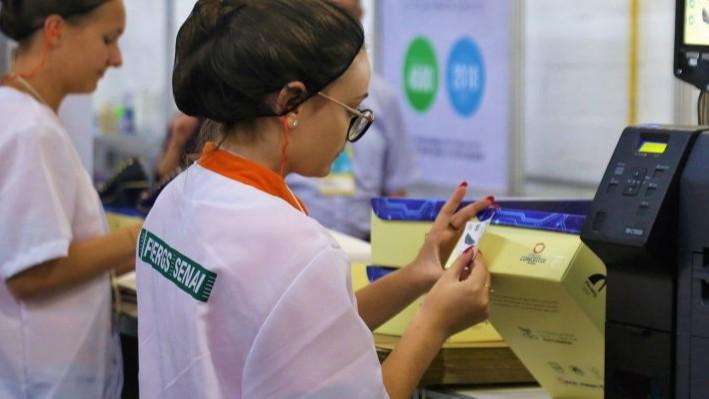 SENAI apresenta novidades em feira do setor de calçados