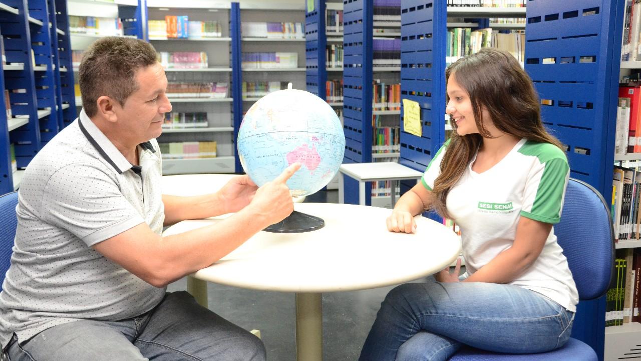 SeminárioInternacionalde Educação aborda desafios doNovo Ensino Médio
