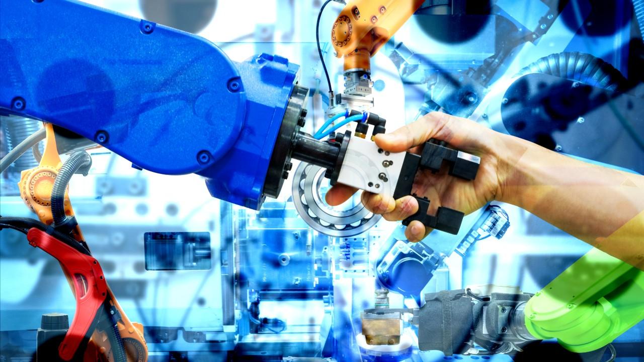 Guia da CNI orienta empresas a aplicar nova versão da NR 12