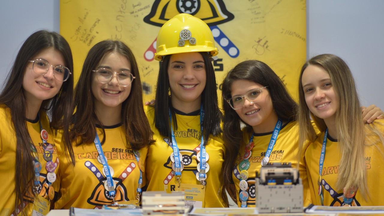 A nova geração de engenheiras formada pela robótica