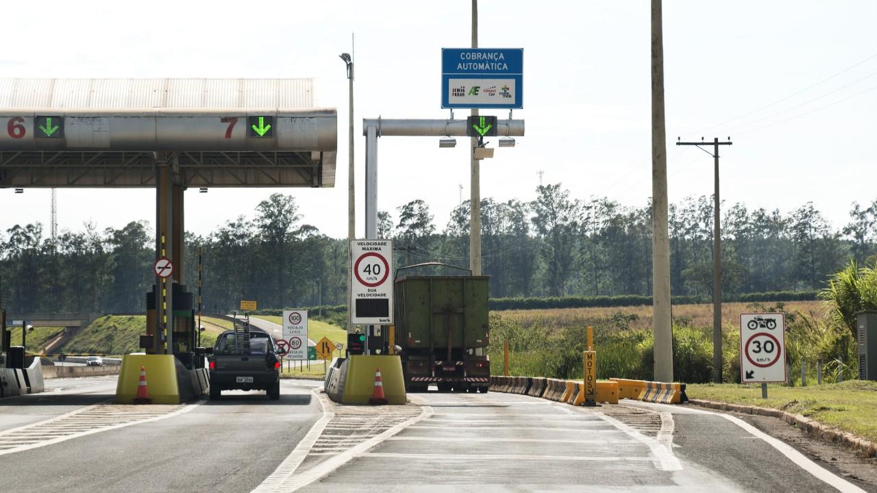 Leilão da Rodovia de Integração do Sul é exemplo a ser seguido pelo próximo governo, afirma CNI