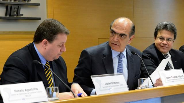 Portal Único reduzirá em US$ 22,8 bilhões o custo com comércio exterior, avalia CNI