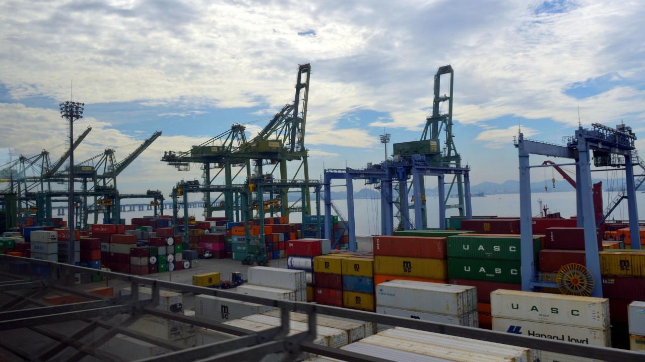 CNI entra com embargos no STJ contra decisão que aumenta custo de importação para capatazia