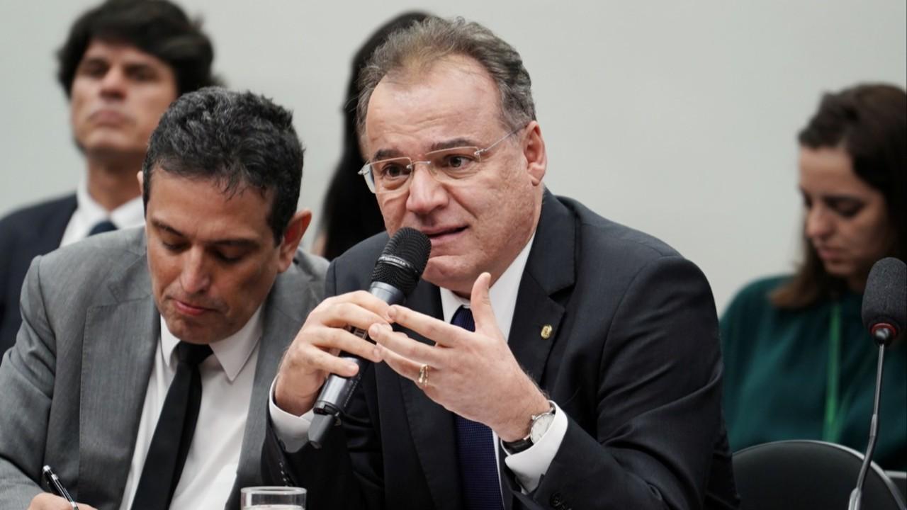 Relator pretende apresentar parecer sobre a reforma da Previdência até 15 de junho