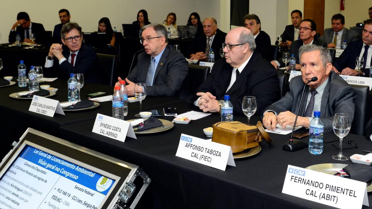 Conselho de Assuntos Legislativos analisa cenários para  reforma tributária e licenciamento ambiental