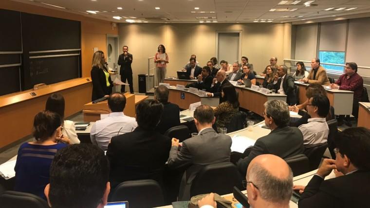 CNI reúne universidades para debater modernização do ensino de engenharia no Brasil