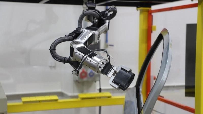 SENAI desenvolve robô que é solução global da GM