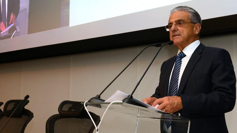 É preciso persistir na agenda de reformas para o Brasil ter ciclo duradouro de crescimento, afirma presidente da CNI
