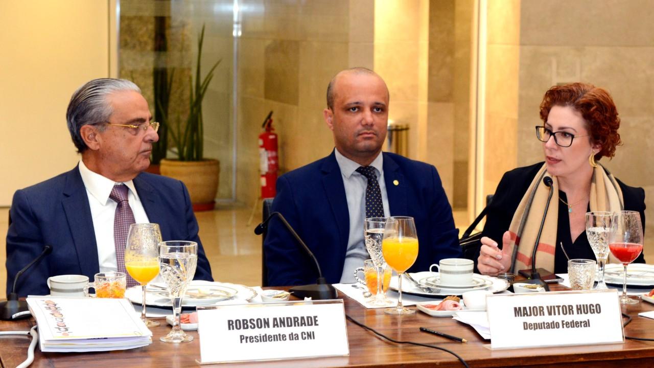 Avanço de pauta de competitividade no Congresso contribui para recuperação  da confiança, diz presidente da CNI