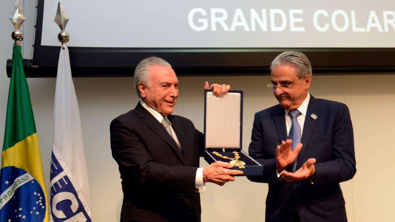 CNI homenageia presidente Michel Temer com Grande Colar da Ordem do Mérito Industrial