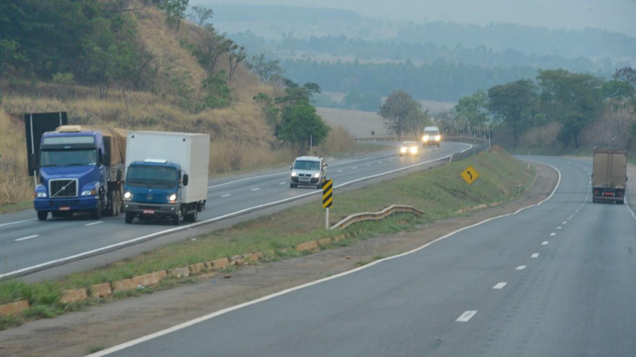 Leilão das BRs-364 e 365 avança na direção de infraestrutura mais eficiente para o país, avalia CNI