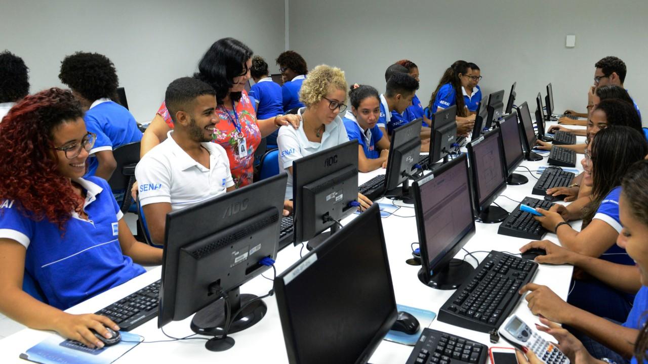 Professor José Pastore destaca importância do Sistema S para melhoria do capital humano no Brasil